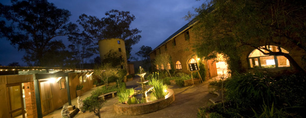 night-view-kings-grant-accommodation-restaurant-ixopo-weddings-conferences